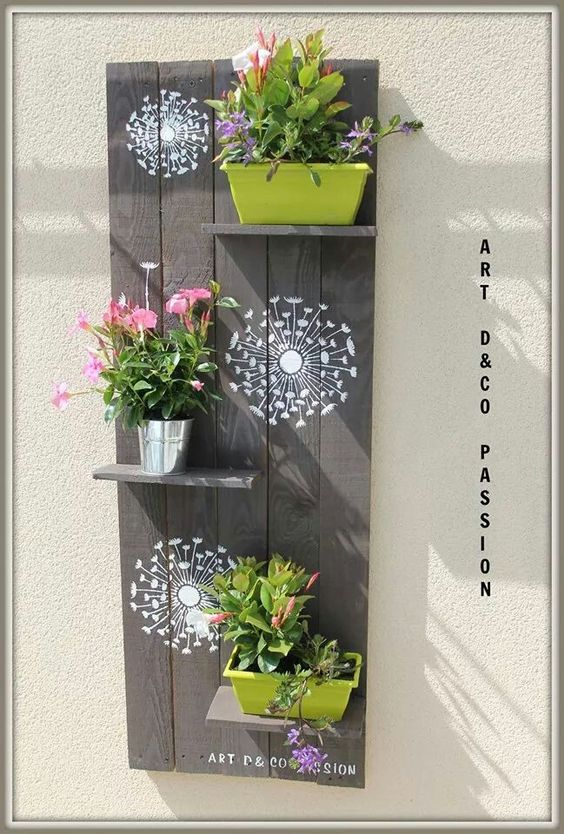 D co palette palette pinterest palettes bricolage et blog - Deco jardin en palette ...