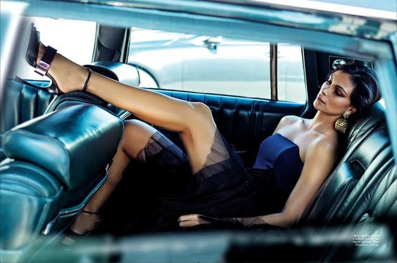 photo of Morena Baccarin  - car