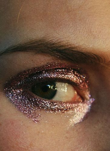 Loving this glittery eye look straight off the runway.