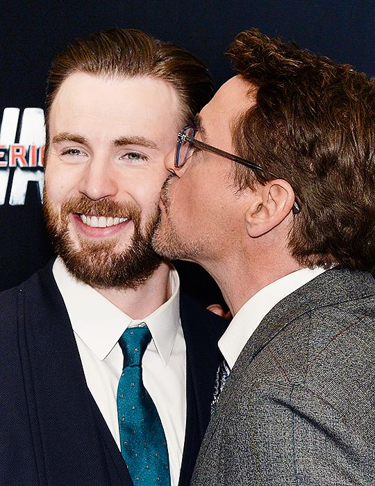 5 times people realize Steve and Tony are in love (+1 time
