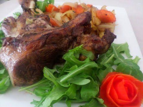 كتف الخروف المشوي بالفرن Roast Shoulder Of Lamb Youtube Food Pork Beef