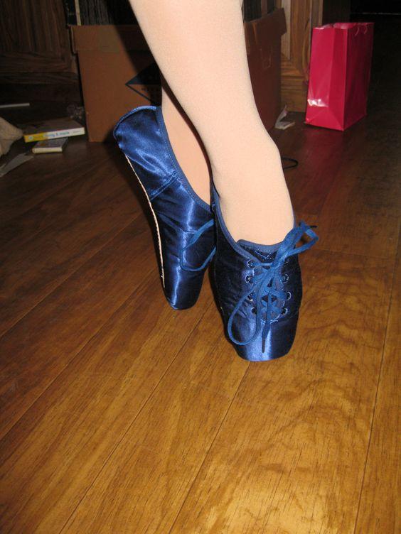 Pointz Shoes