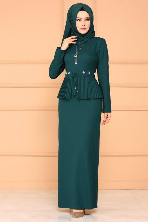 Modaselvim Elbise Pilise Detay Tesettur Elbise Pl864 Zumrut Basortusu Modasi Elbise Kiyafet