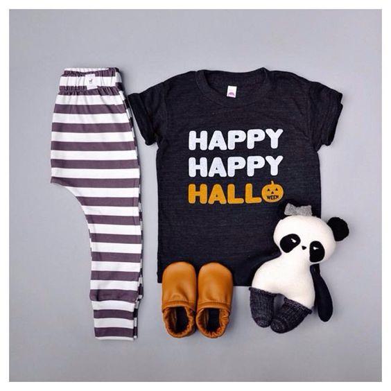"leggings #fawnkidsclothing    tee #camplightapparel    panda #iloveyouspidersandbats    moccs #starryknightdesign    #fawnkidsootd"""