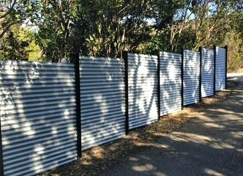 Corrugated Metal Retaining Wall Retaining Wall Ideas Corrugated Corrugated Metal Fence White Vinyl Fence Corrugated Tin