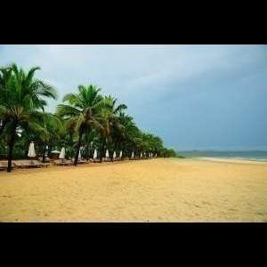 Mobor beach another popular beach located in South Goa. If you are an adventure lover then this is the right beach for you. This beach offers you an array of water sports. The popular water sports which can be enjoyed by you over here are speed boat rides, water skiing, jetskiing, wind surfing    See more at: http://www.buzzntravel.com/mobor-beach