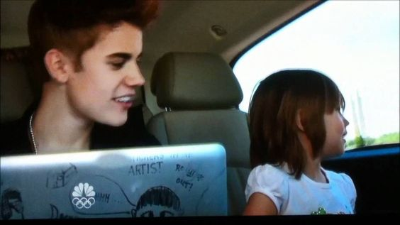 Justin Bieber Singing to his Little Sister, TOO CUTE