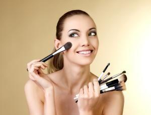 5 astuces maquillage pour affiner son nez