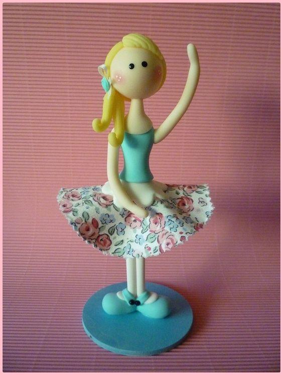 Ballerine en porcelaine froide