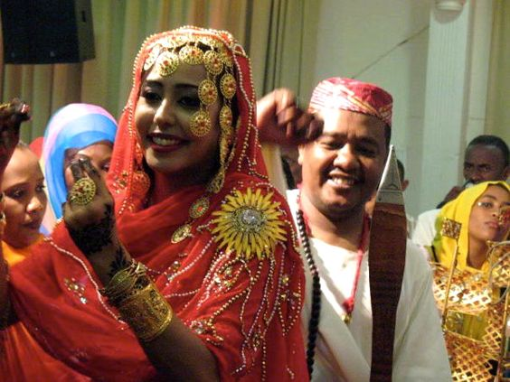 Sudanese Wedding Sudan PerfectMuslimWedding The Style Looks Similar To Indian Wedding But
