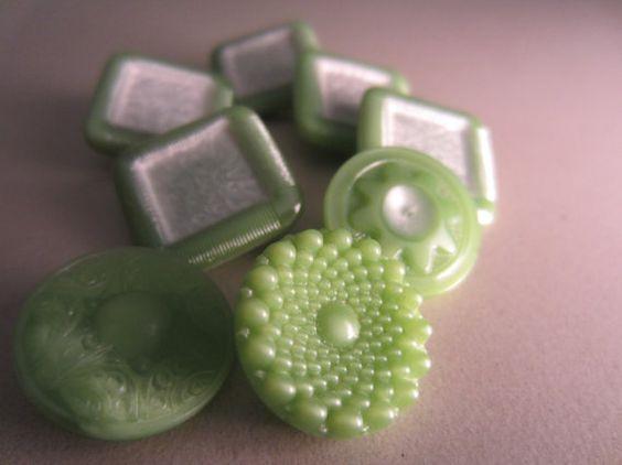 Vintage Buttons  Czech Glass beautiful lot of 5 by pillowtalkswf, $8.25