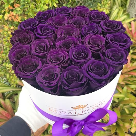 Real Long Lasting Roses Round Box Lifetime Is Over 1 Year Beautiful Rose Flowers Flower Gift Ideas How To Preserve Flowers