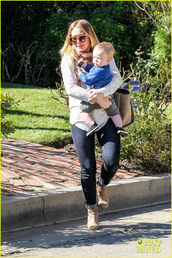 Hilary Duff and Luca leave a children's music class on January 17, 2013