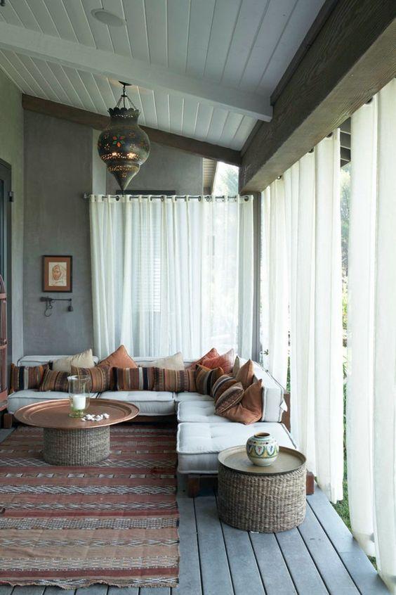 Le canap marocain qui va bien avec votre salon belle - Les differents styles de decoration d interieur ...