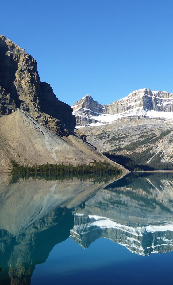 Reflektion auf dem Bow Lake, Banff National Park, Alberta, Kanada (Foto von SK-Kunde D. Huwe) #Reflection, #BowLake, #BanffNationalPark, #Alberta, #Canada