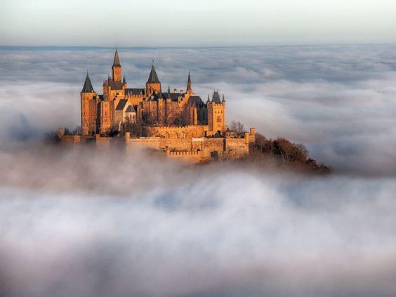 Um passeio pelos castelos mais impressionantes do planeta