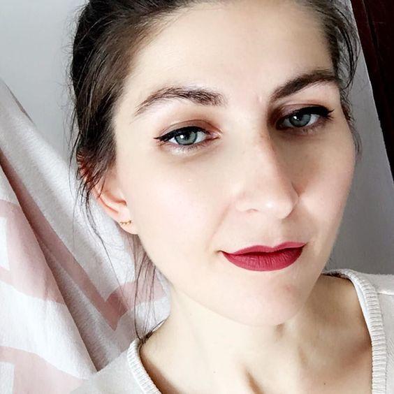 Der Snapchat Filter macht mich schööön!!  Kann ich den auch für mein Leben im Allgemein haben? hua hua  #selfie #snapchat #lifestyle #lifestyleblogger #beautyblogger #bblogger #germanblogger #blogger_de #bloggerin #katvond #katvondbeauty #katvondmakeup #katvondlipstick #liquidlipstick #fotd #faceoftheday #schminke #makeup