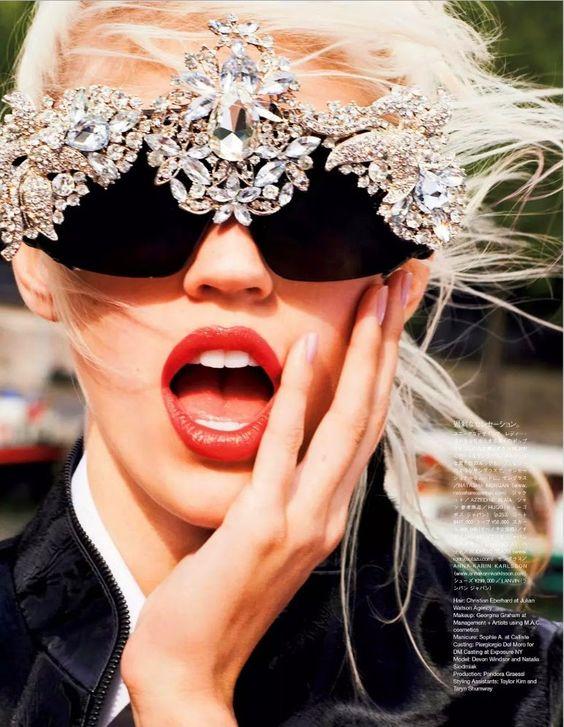 The Hard Edge Of Happiness: #DevonWindsor by #KatjaRahlwes for #VogueJapan January 2015