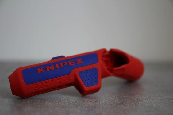 avis matériel électrique dégainer cable Knipex Ergostrip