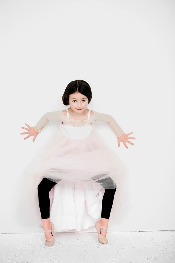 If snow white took ballet as a young girl . . .: