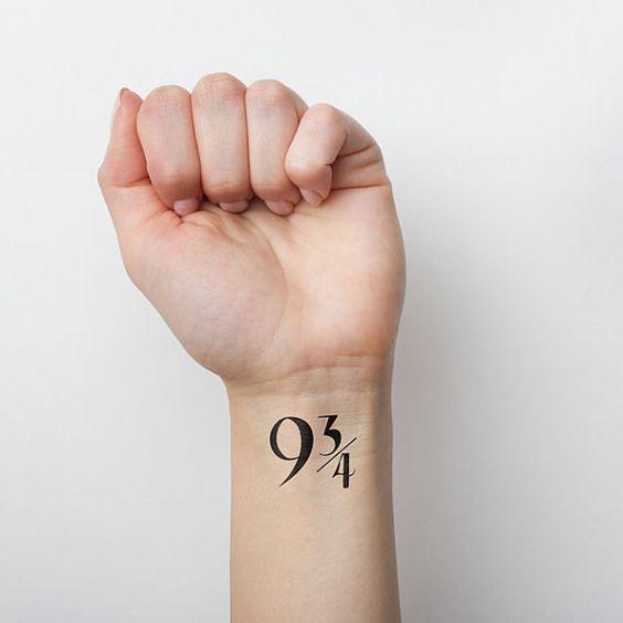 Este número de plataforma: | 21 tatuagens temporárias do Harry Potter que todos os fãs vão adorar: