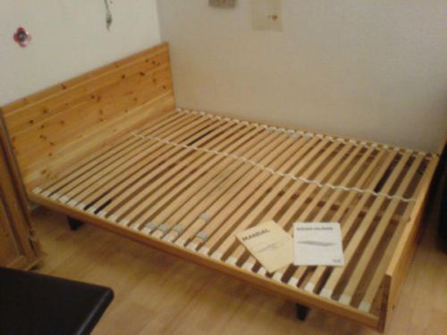 ikea bettgestell mandal bett ma e 1 60m x 2 00m in berlin. Black Bedroom Furniture Sets. Home Design Ideas