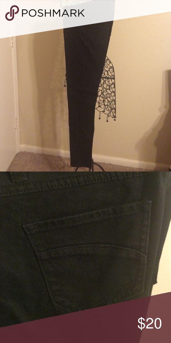 Black skinny jeans Black skinny jeans, good condition CAbi Jeans Skinny