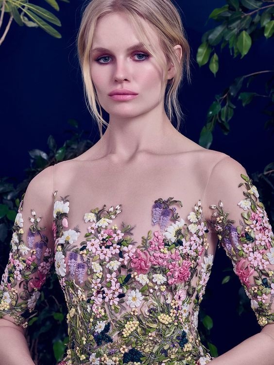 Dreamy wedding gown with embroidered floral bodice // Floral wedding dress inspiration