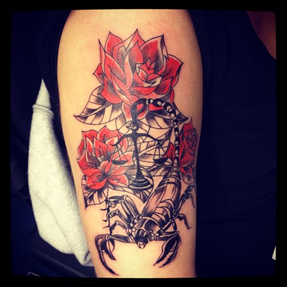 Tatouage scorpion rose rouge by merriesmelody tattooshop 66 torreilles http merriesmelody - Rose rouge tatouage ...
