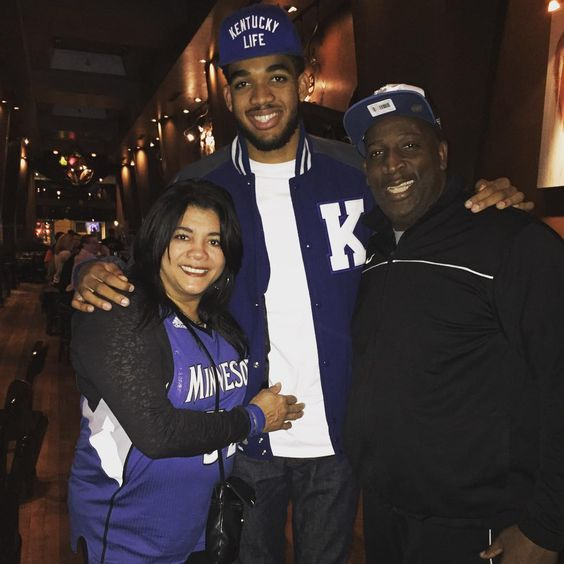 """""""Had to rep that kentucky blue on a day like this! Blessed to see 20 years of life thanks to the man above and these two amazing people. Thank you everyone…"""""""