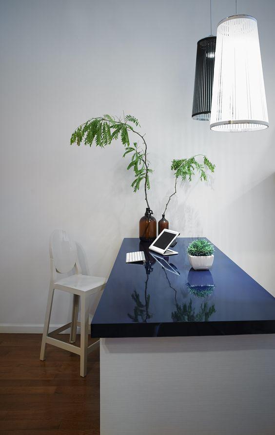 En Formica® te ofrecemos una gran variedad se colores y diseños para tus espacios. Visita www.formica.com