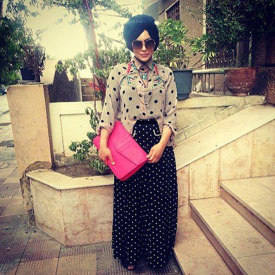 Dots on dots with neon. #ootd #streetstyle #ramadan #polkadots #hijabstyle #thehijablog