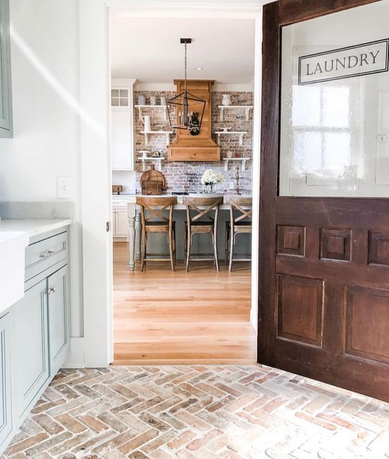 "Noell Jett on Instagram: ""Continuing the topic of my laundry room, @farmhouse4010 has so much inspiration in hers! She has herringbone brick floors, a large apron…"""