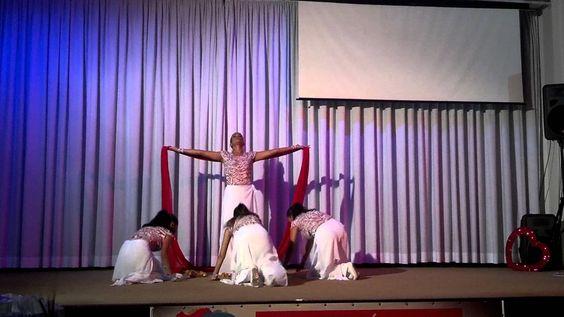 Coreografia da musica de Aline Barros - Entrega - A Deus toda Glória