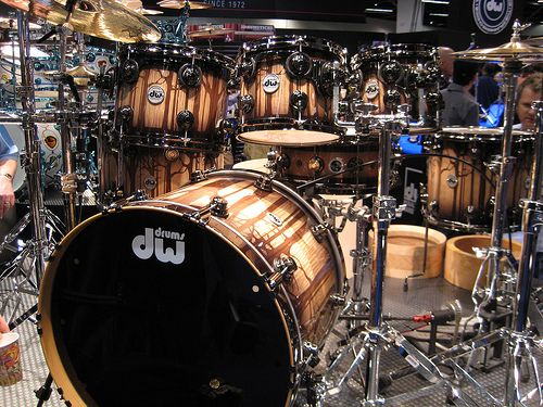 Hey, @DW Drums just ran into this kit from NAMM 2010, you wouldnt have an overrun kit to send out to Iowa would you!  Absolutley beautiful work!
