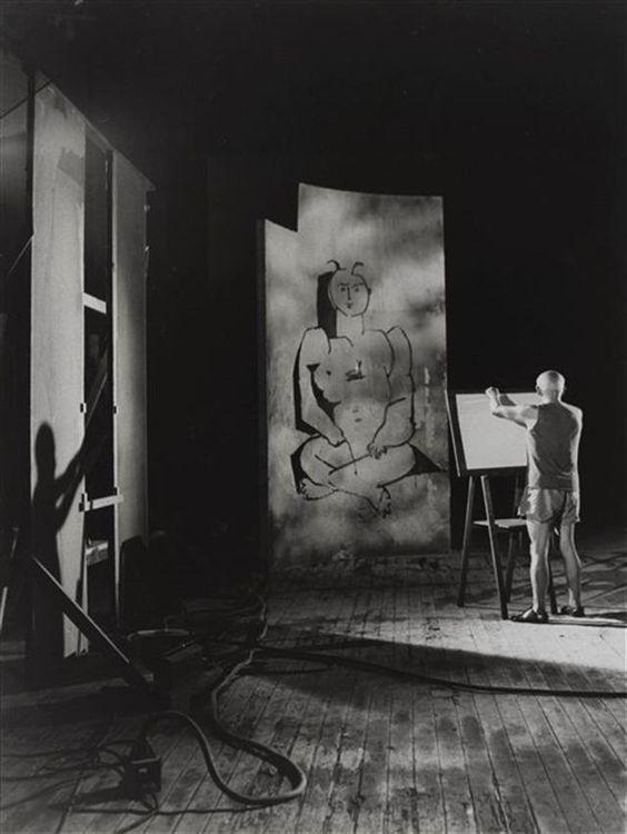 Picasso trabajando, por André Villers, 1955