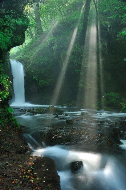 軽井沢の竜返しの滝