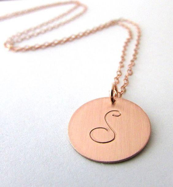 Rose Gold Buchstaben Halskette Kursive anfängliche von ERiaDesigns