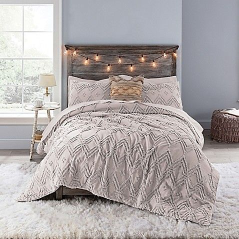 Anthology Chevron Tufted Queen Comforter Set In Mauve With