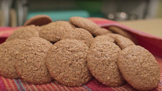 Watch: Who Knew Baking Oatmeal Cookies Could Be So Peaceful? - Eater