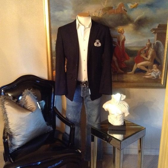 INC International Concepts Skull Crest Blazer Like New, Dark Blue Blazer, w/Skull Crest & Silver Buttons, Plaid Lining, Size Large INC International Concepts Jackets & Coats Blazers