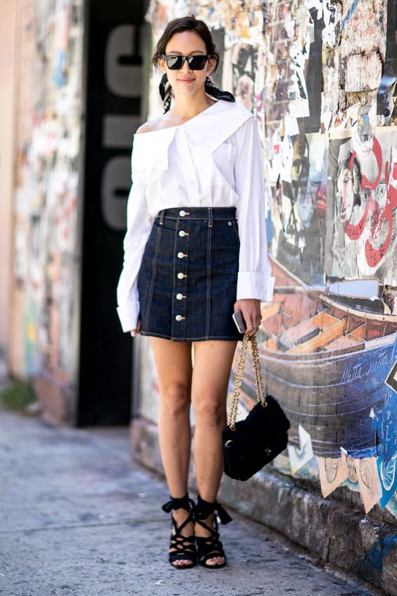 How street style stars wear spring shorts