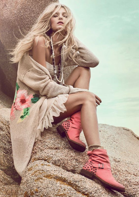 TWIN-SET Simona Barbieri: Floral cardigan, slip dress and red boots