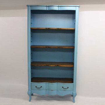 Perfect Open Shelving Case for Clothes!