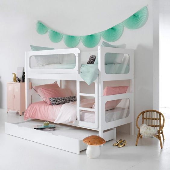 The ultimate sleepover bed: