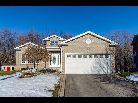 8 Maw Ct Barrie Ontario Barrie Real Estate Tours HD Video Tour