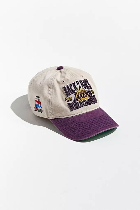 Mitchell Ness Uo Exclusive La Lakers Back To Back Champs Baseball Hat Baseball Hats La Lakers Hats