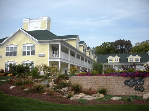 kelleys island lodging Properties ranked using exclusive tripadvisor data, including traveler ratings, confirmed availability from our partners, prices, booking popularity, location and personal user preferences.