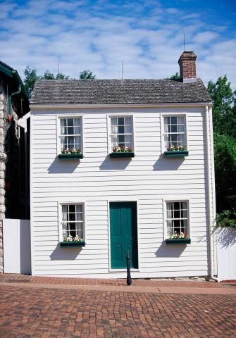 Mark Twain's stories of Tom Sawyer and Huckleberry Finn began in the Mississippi River town of Hannibal, Missouri. Weekend getaway itinerary:  http://www.midwestliving.com/travel/missouri/hannibal/two-day-getaway-hannibal-missouri/