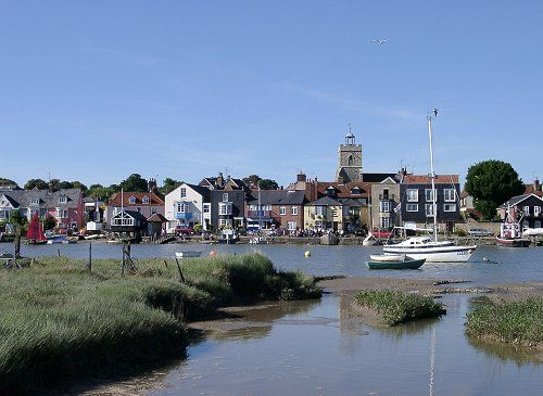 Wivenhoe Town Council